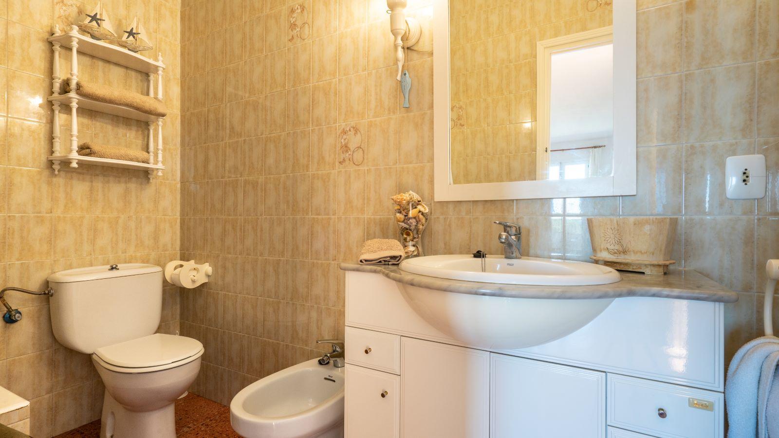 Apartment in Cala Canutells Ref: V2691 15