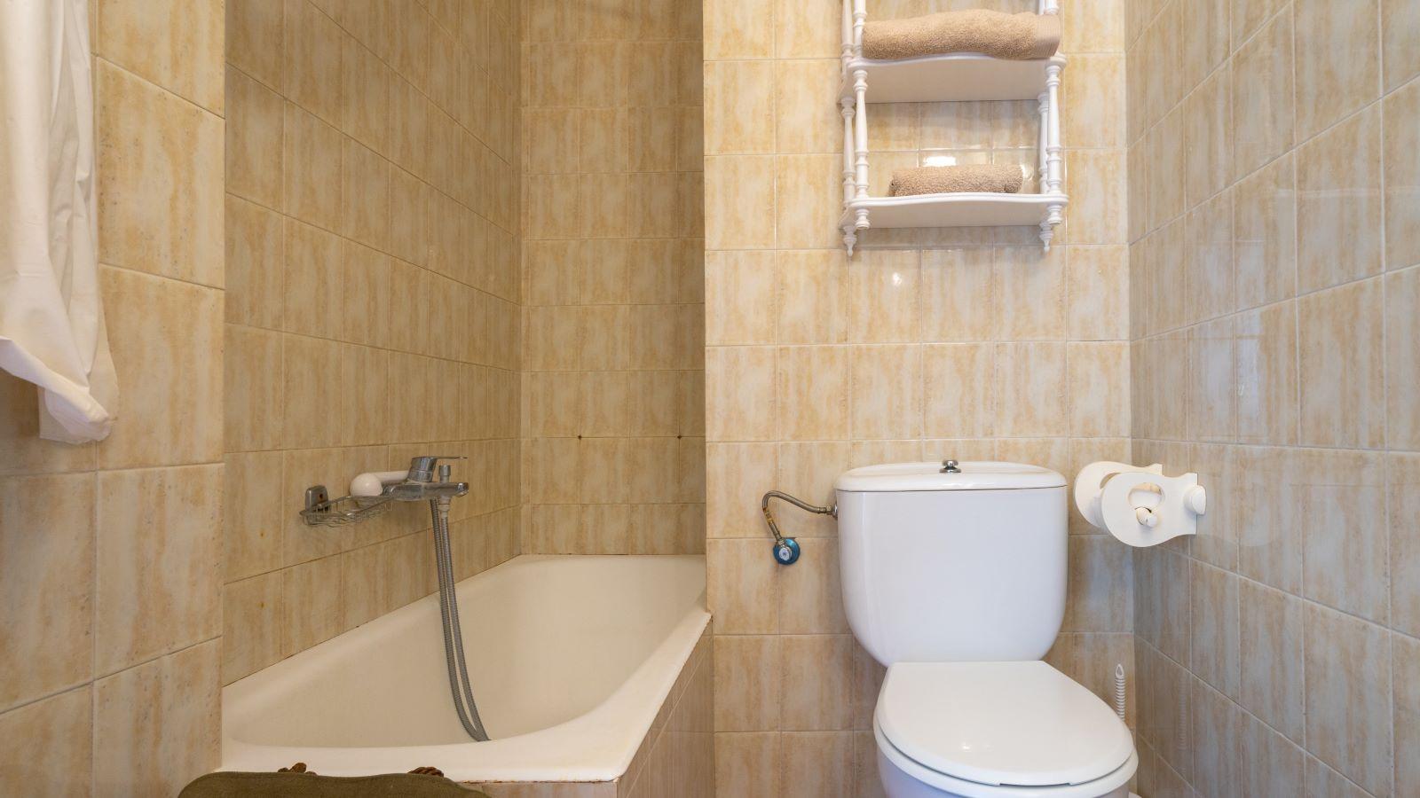 Apartment in Cala Canutells Ref: V2691 16