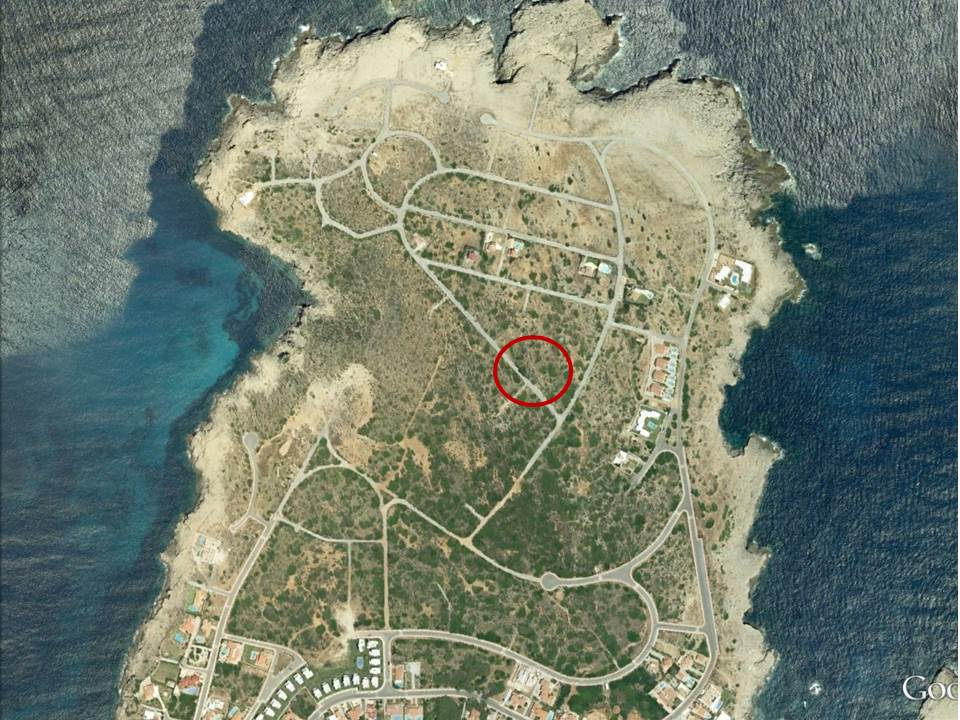 Plot in Punta Grossa Ref: V1978 1