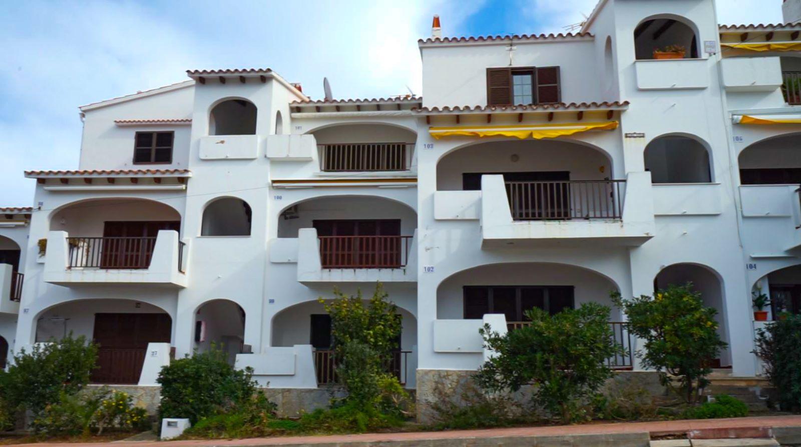 Apartment in Cala'n Porter Ref: V2709 1