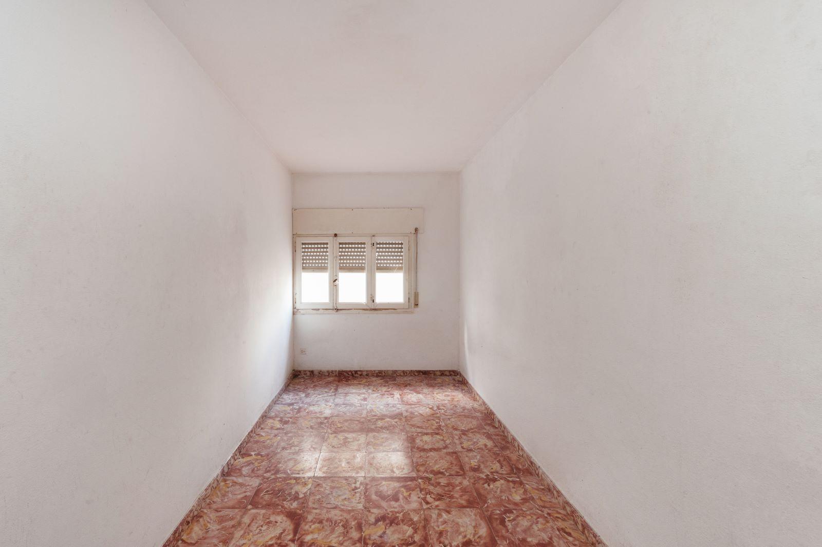 Flat in Mahón Ref: V2743 13
