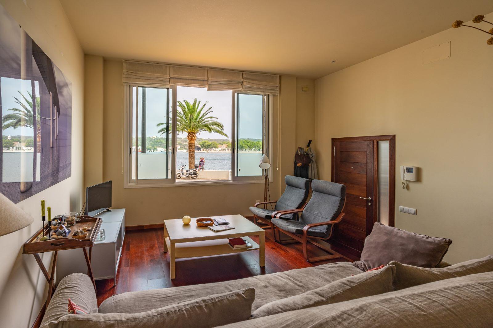 Apartment in Mahón Ref: V2804 1