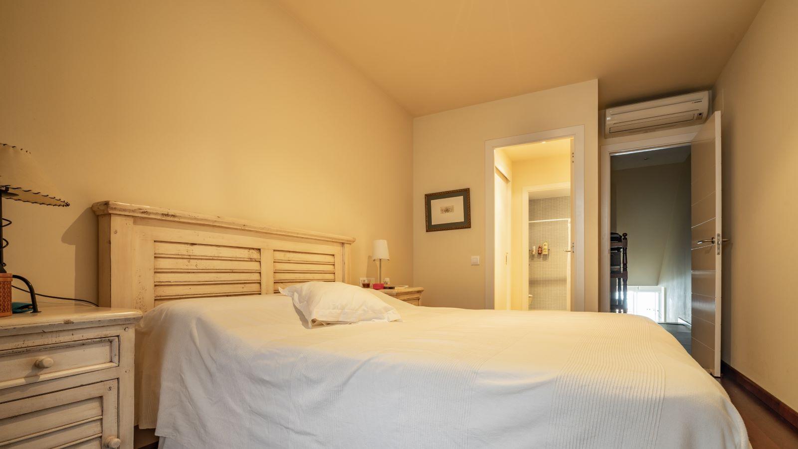 Apartment in Mahón Ref: V2804 11