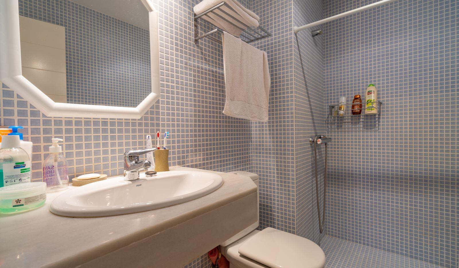 Apartment in Mahón Ref: V2804 13