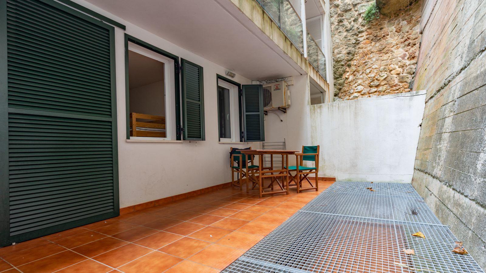 Apartment in Mahón Ref: V2804 14