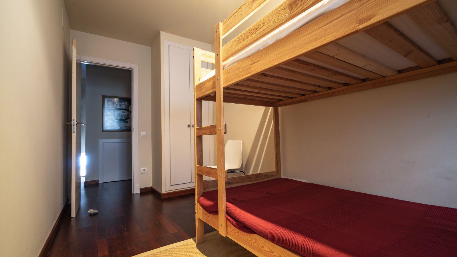 Apartment in Mahón Ref: V2804 18