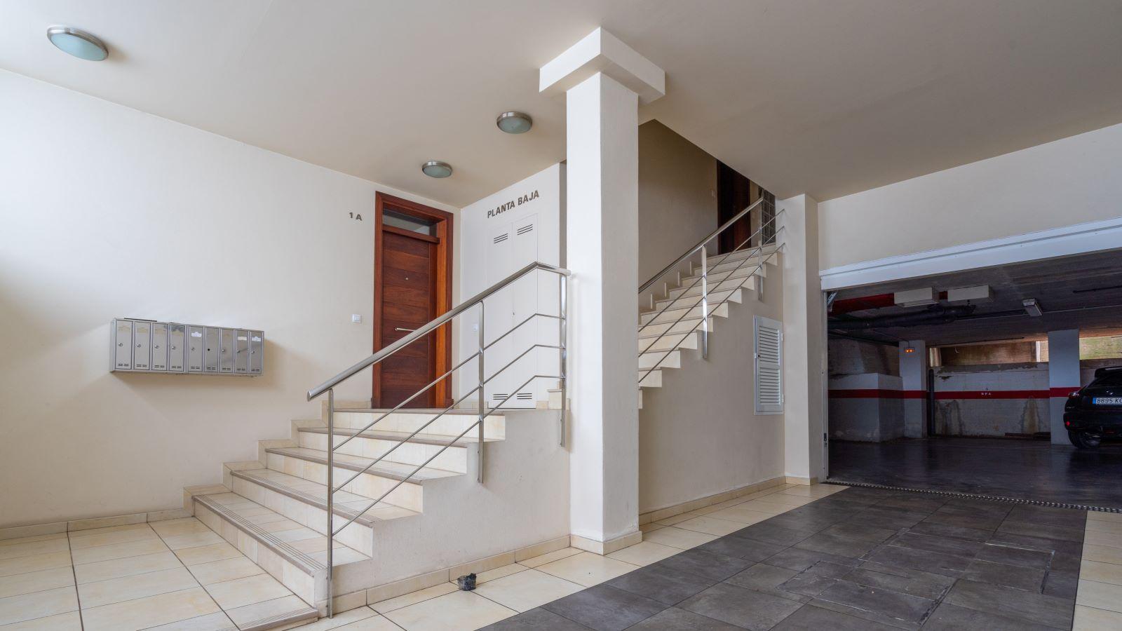 Apartment in Mahón Ref: V2804 20