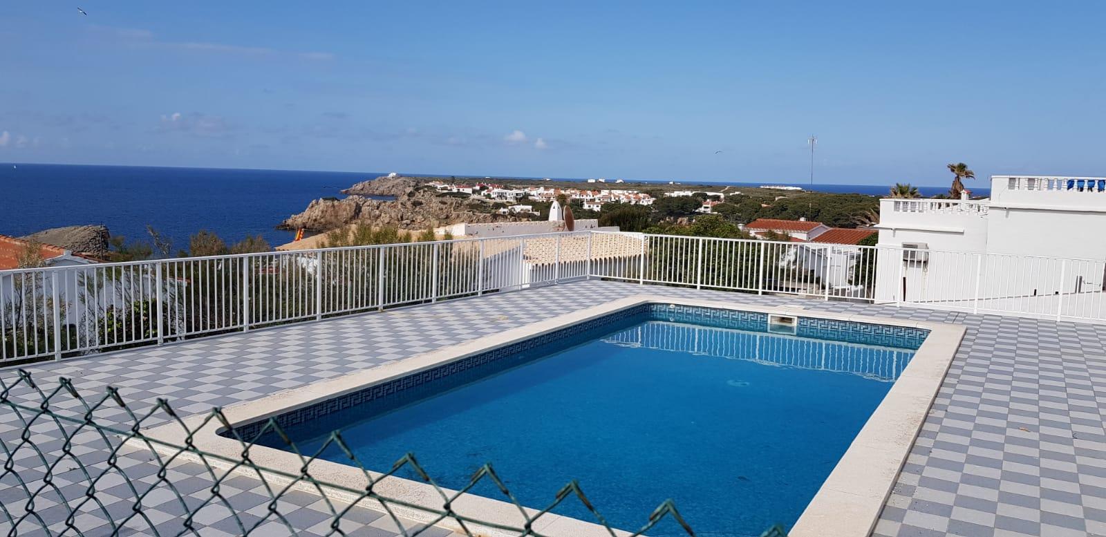 Villa in Arenal d'en Castell Ref: V2860 7