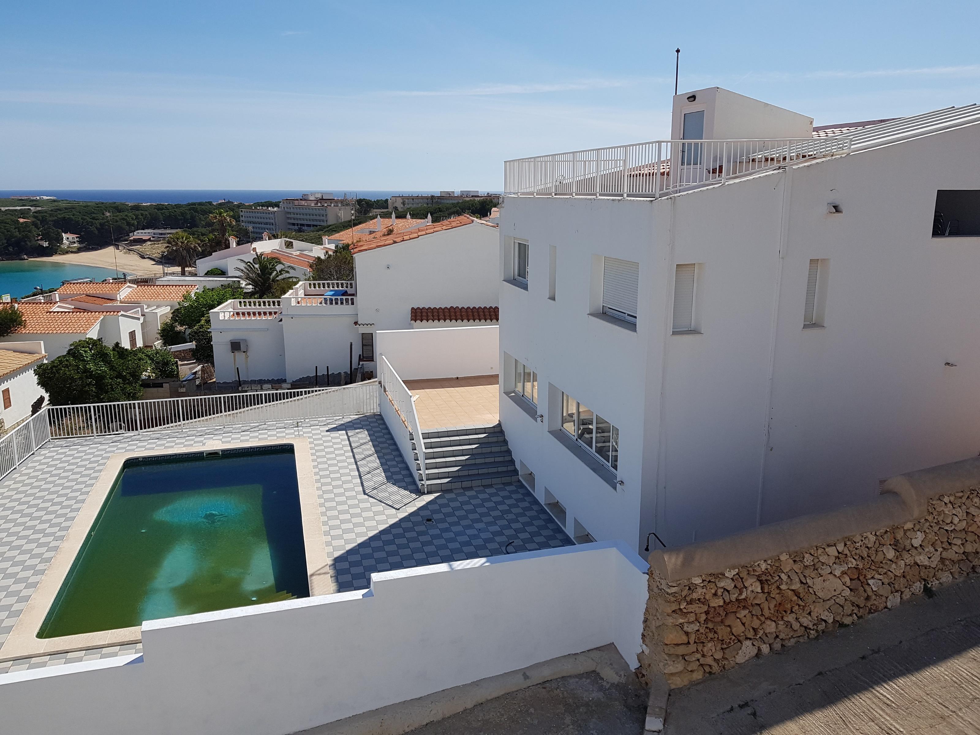 Villa in Arenal d'en Castell Ref: V2860 18
