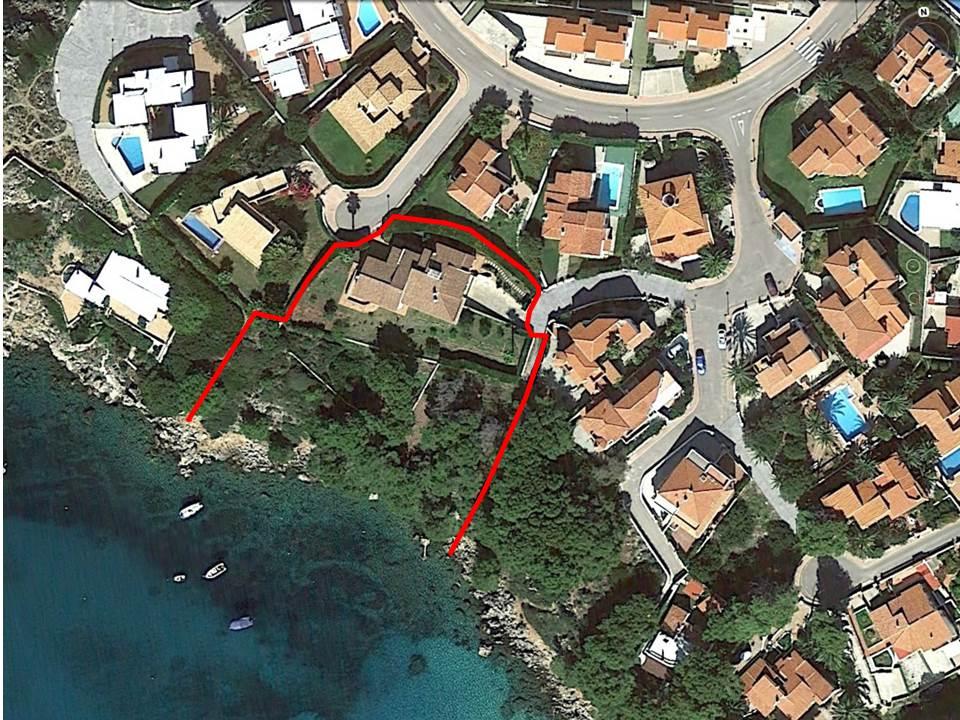 Villa in Arenal d'en Castell Ref: V2147 9