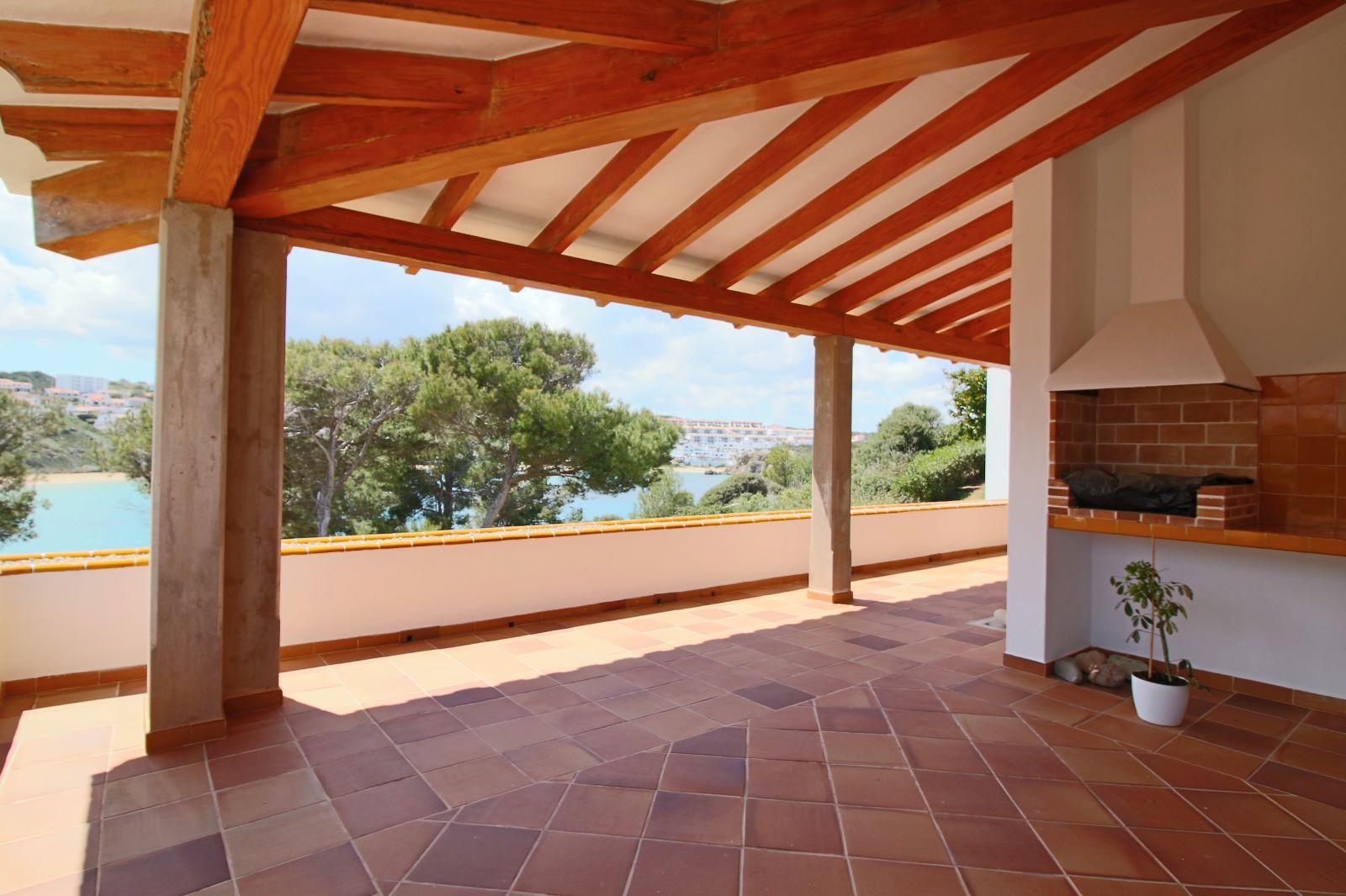 Villa in Arenal d'en Castell Ref: V2147 11