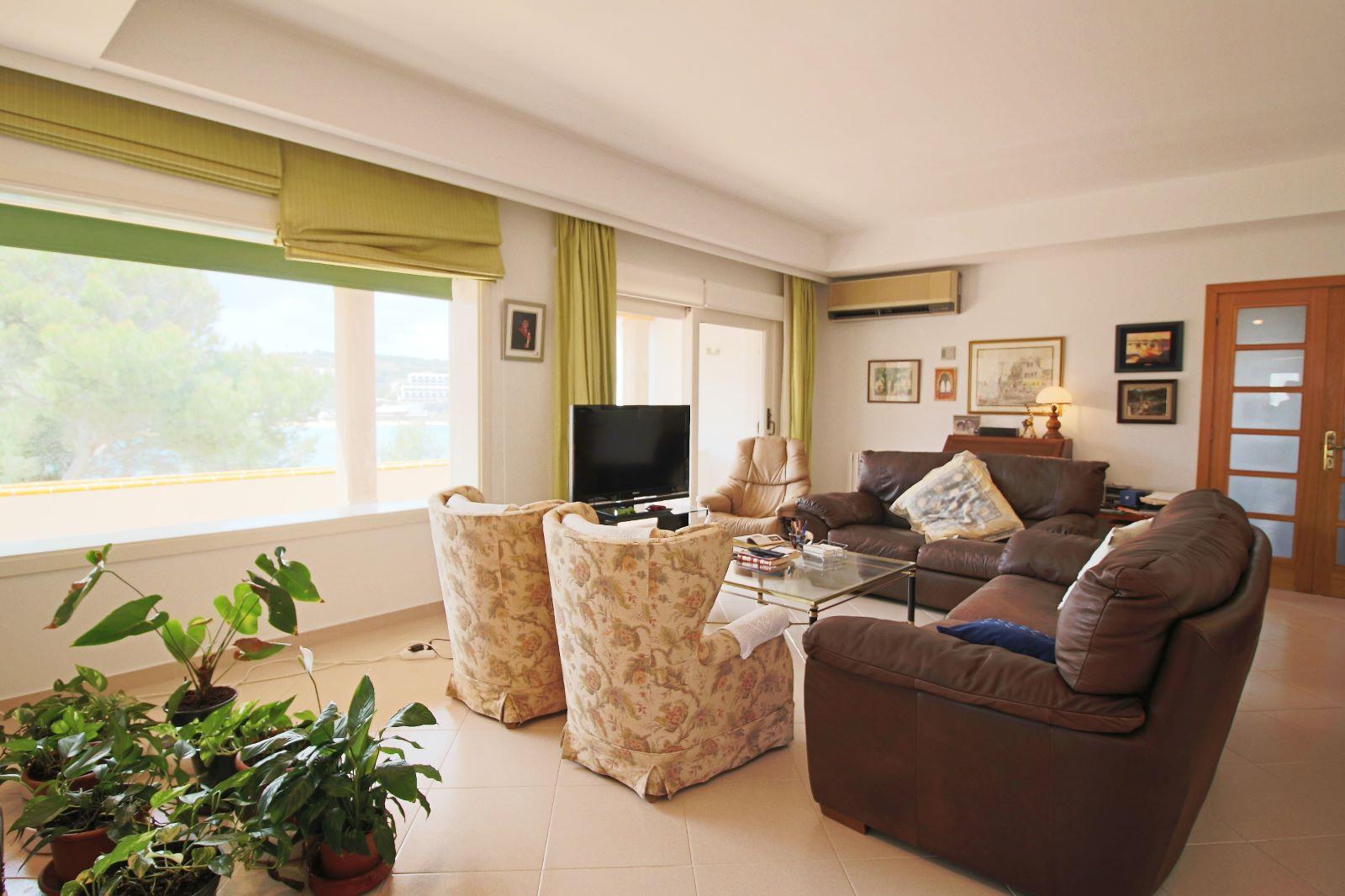 Villa à Arenal d'en Castell Ref: V2147 15