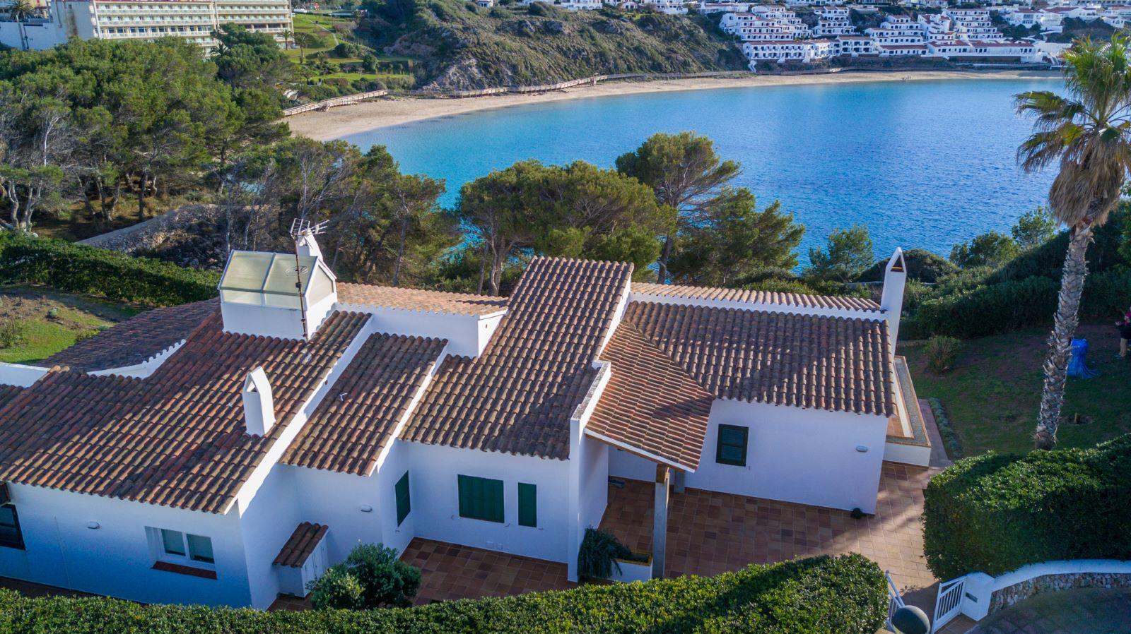 Villa in Arenal d'en Castell Ref: V2147 2
