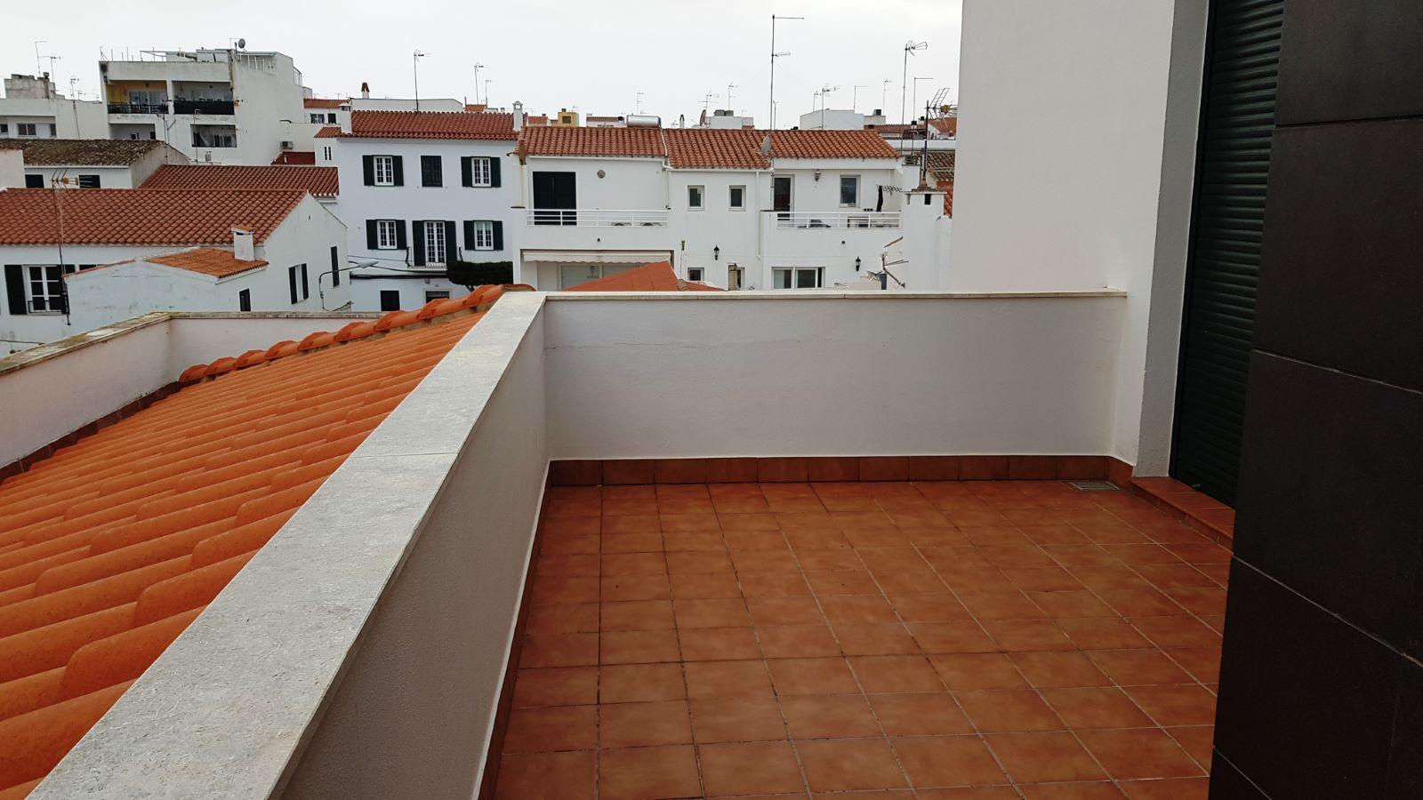 Wohnung in Es Castell Ref: V2138 (16) 11