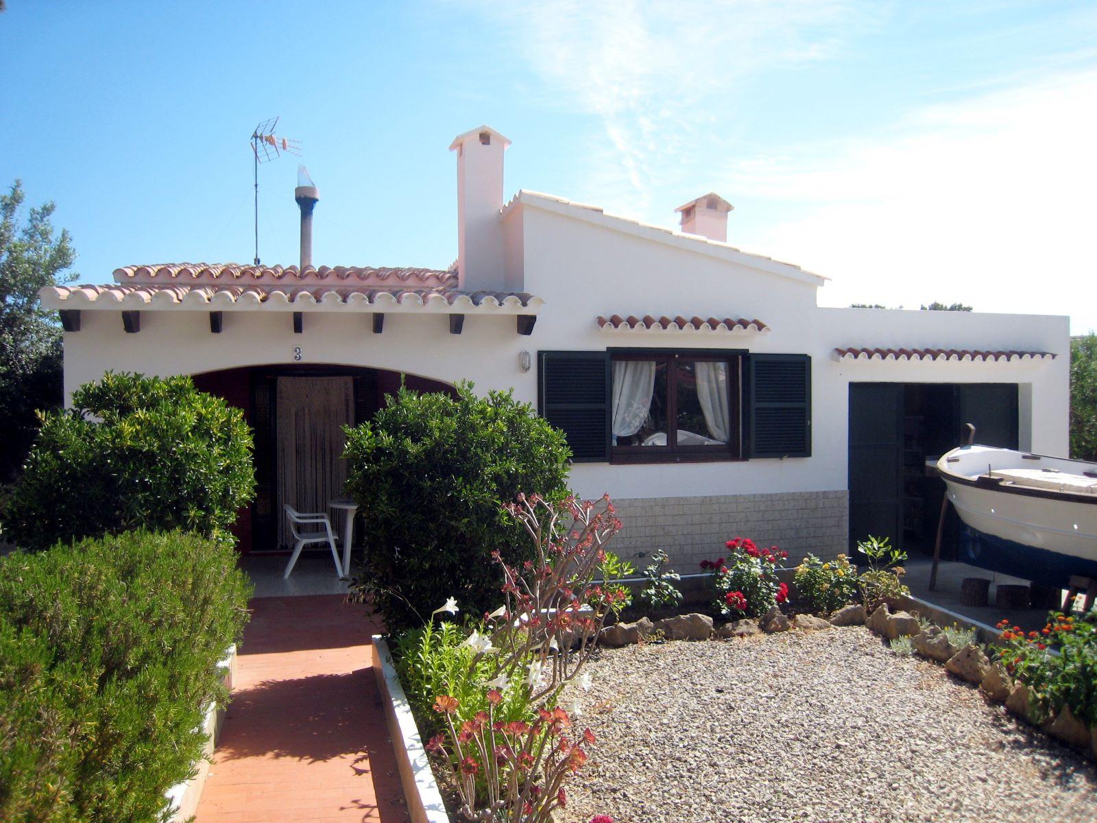 Villa in Addaia Ref: V2187 2