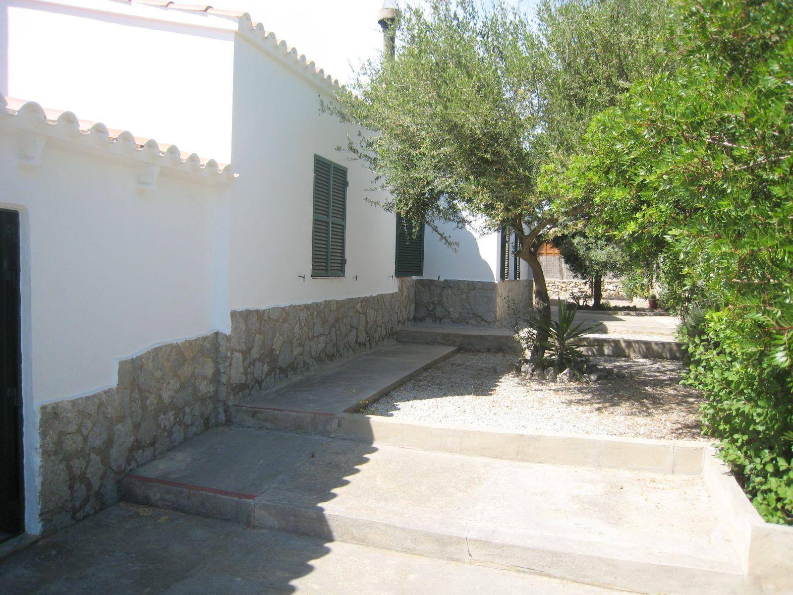 Villa in Addaia Ref: V2187 19