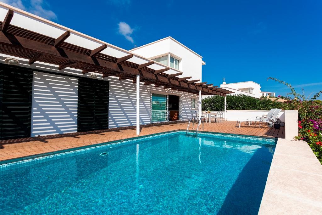 Villa in Cala Llonga Ref: VM806 1