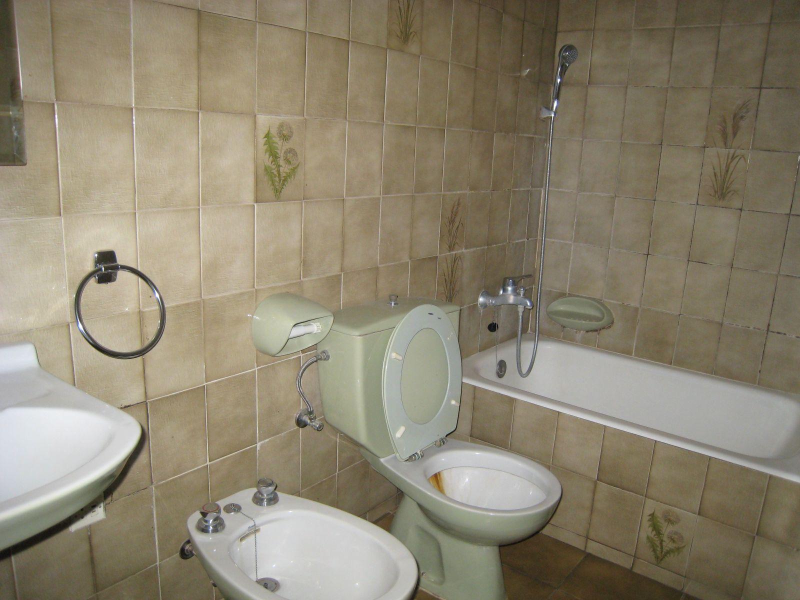 Mehrfamilienhaus in Es Castell Ref: V1020 11