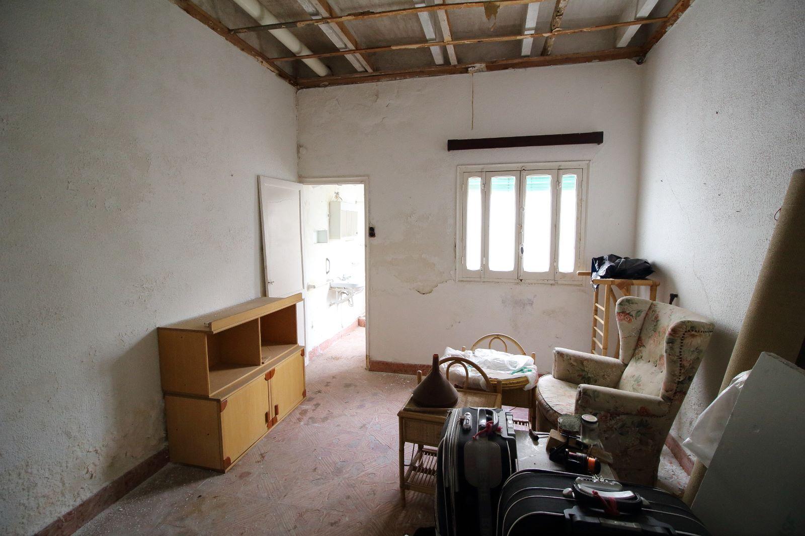 Building in Es Castell Ref: V1020 4