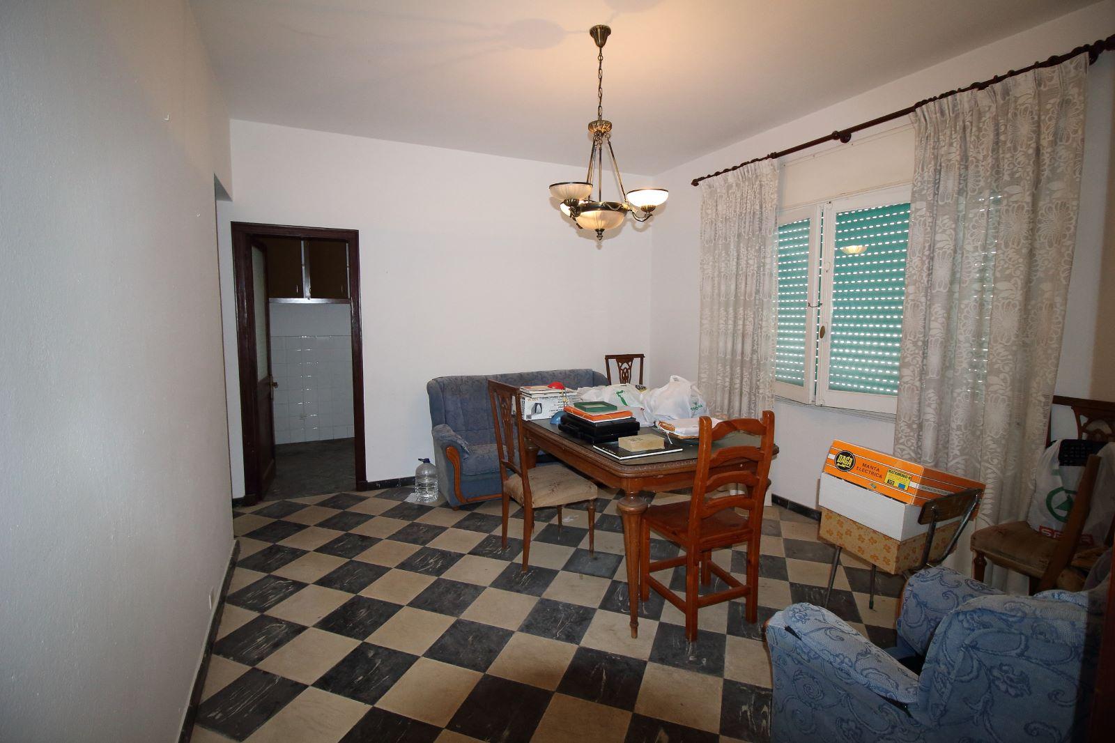 Mehrfamilienhaus in Es Castell Ref: V1020 10
