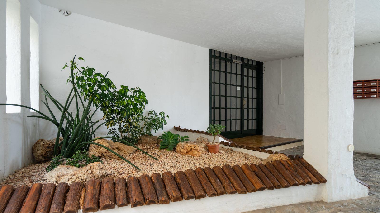 Flat in Mahón Ref: V1133 47