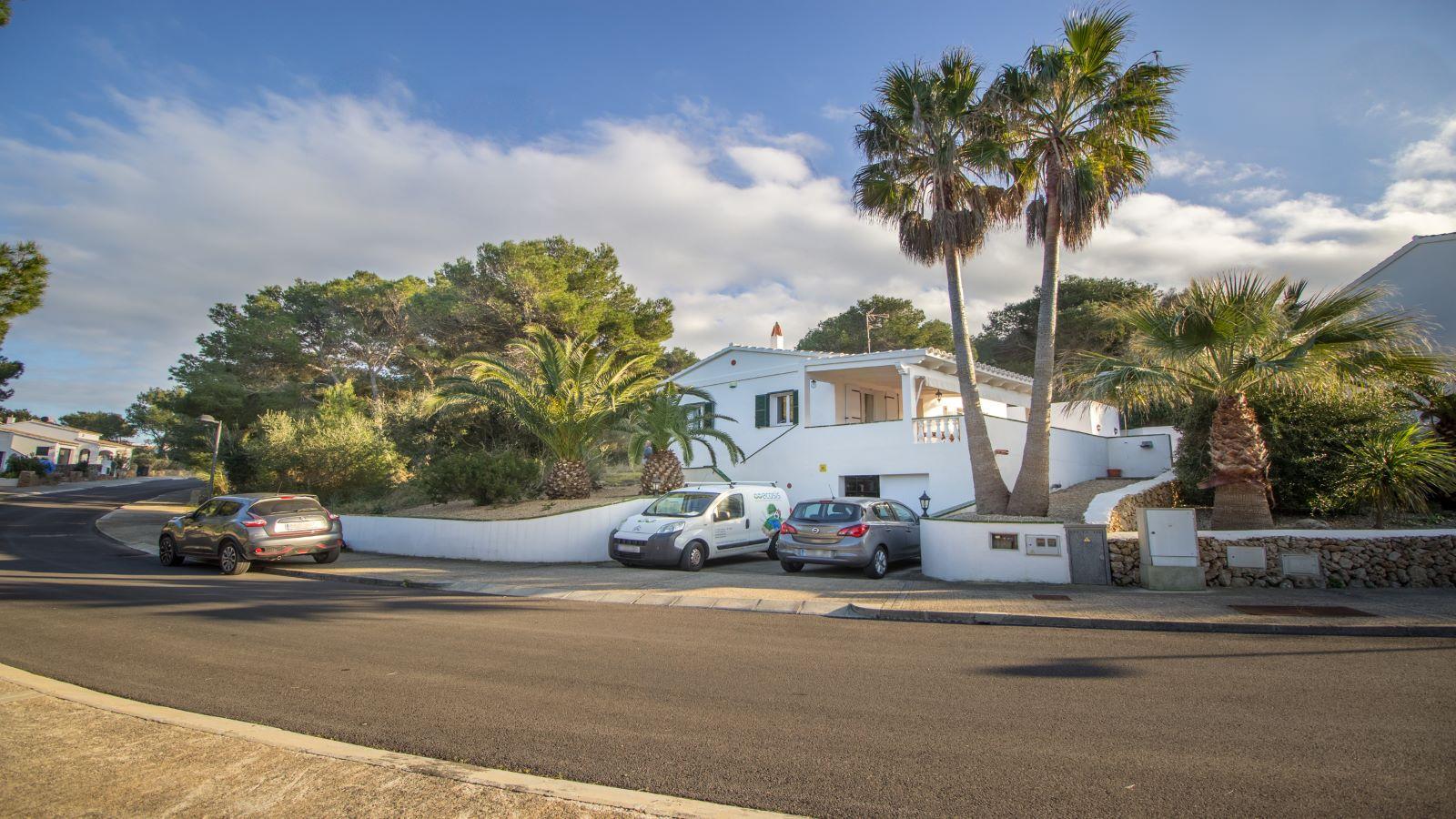 Villa in Addaia Ref: V1714 2