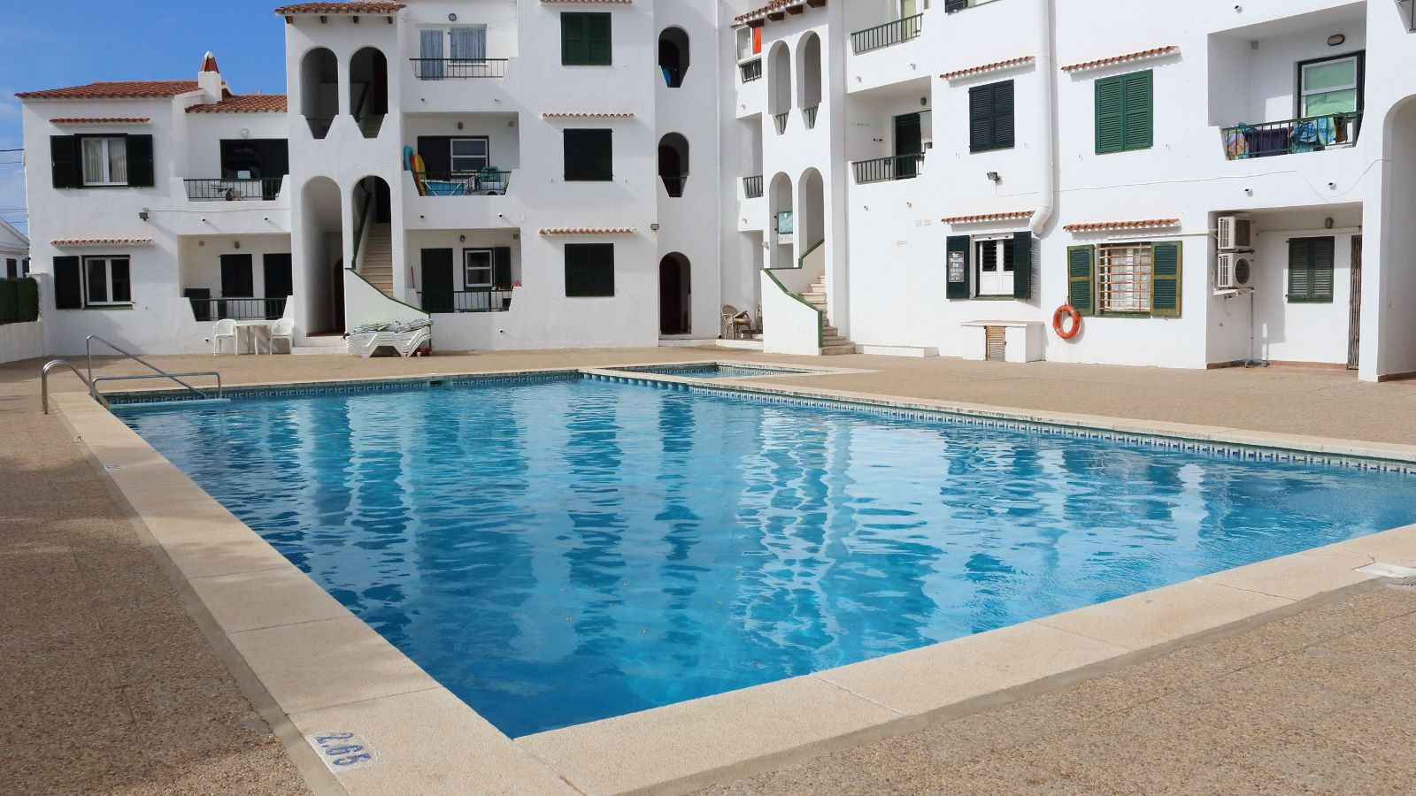 Apartment in Cala'n Porter Ref: V2359 12