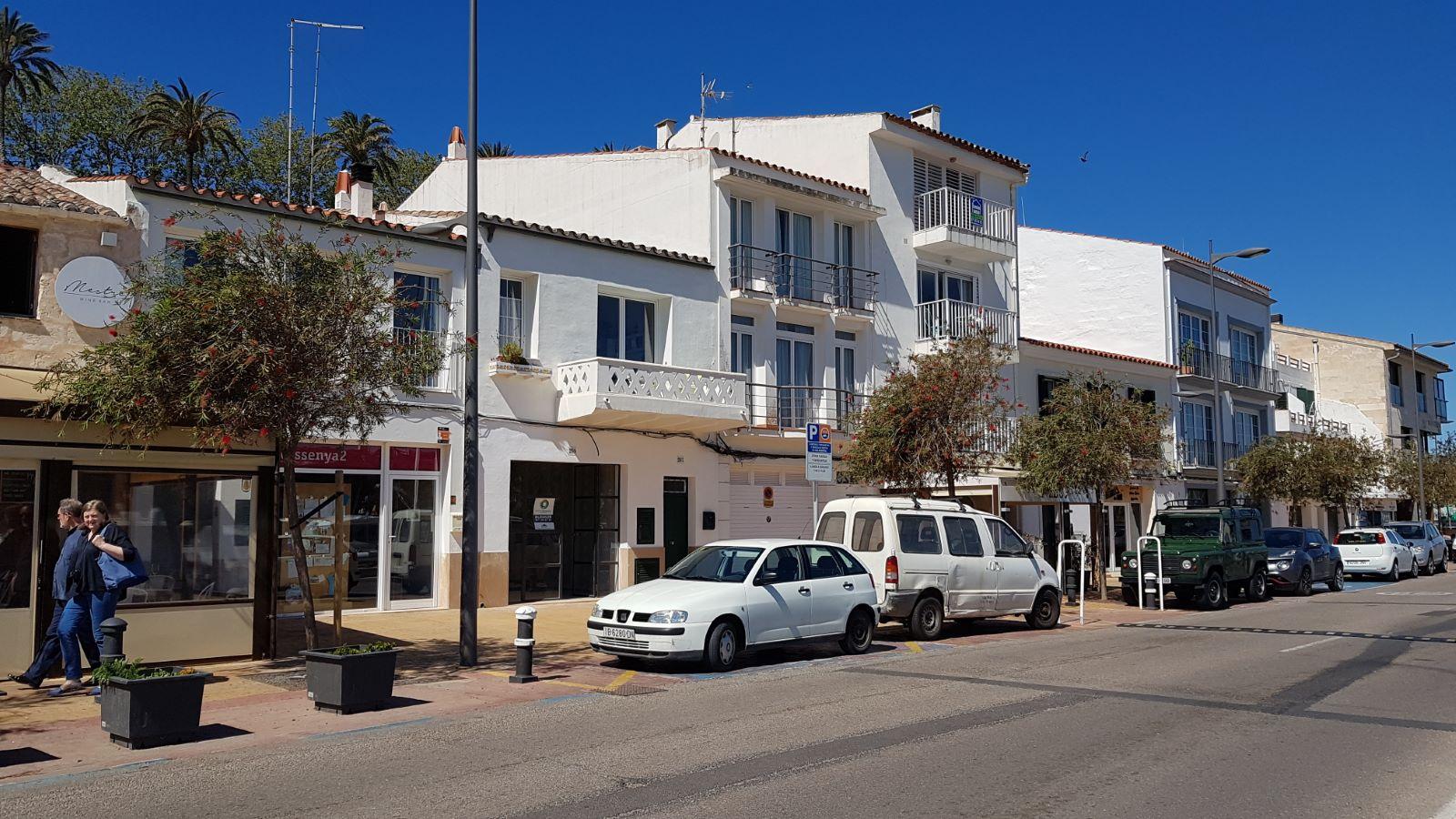 Local comercial en Mahón Ref: V2406 1