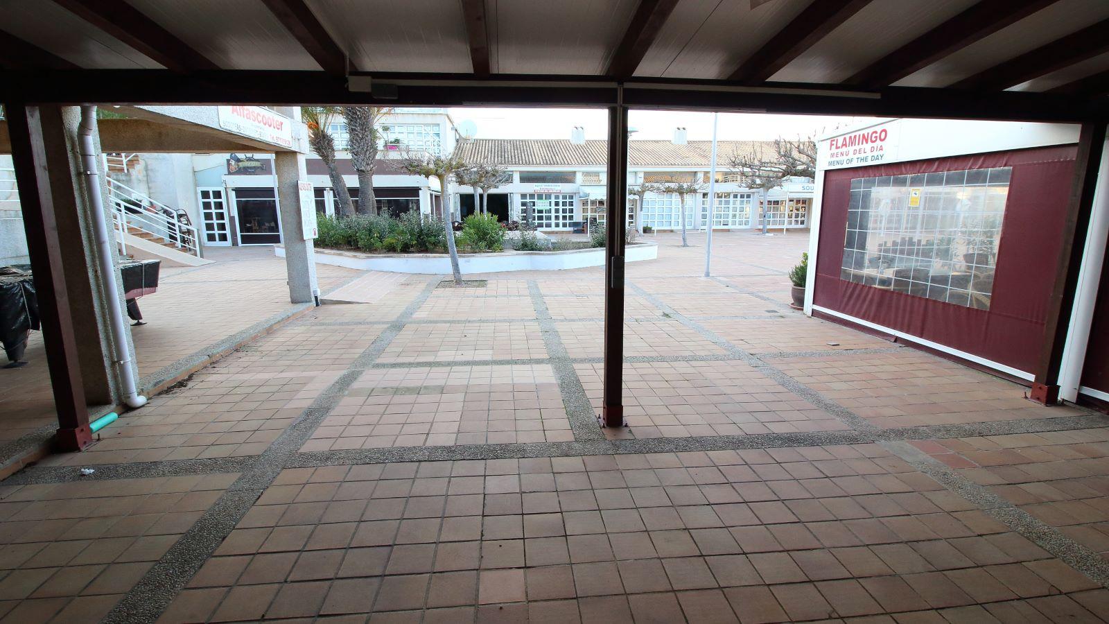 Local comercial en Coves Noves Ref: V2430 6