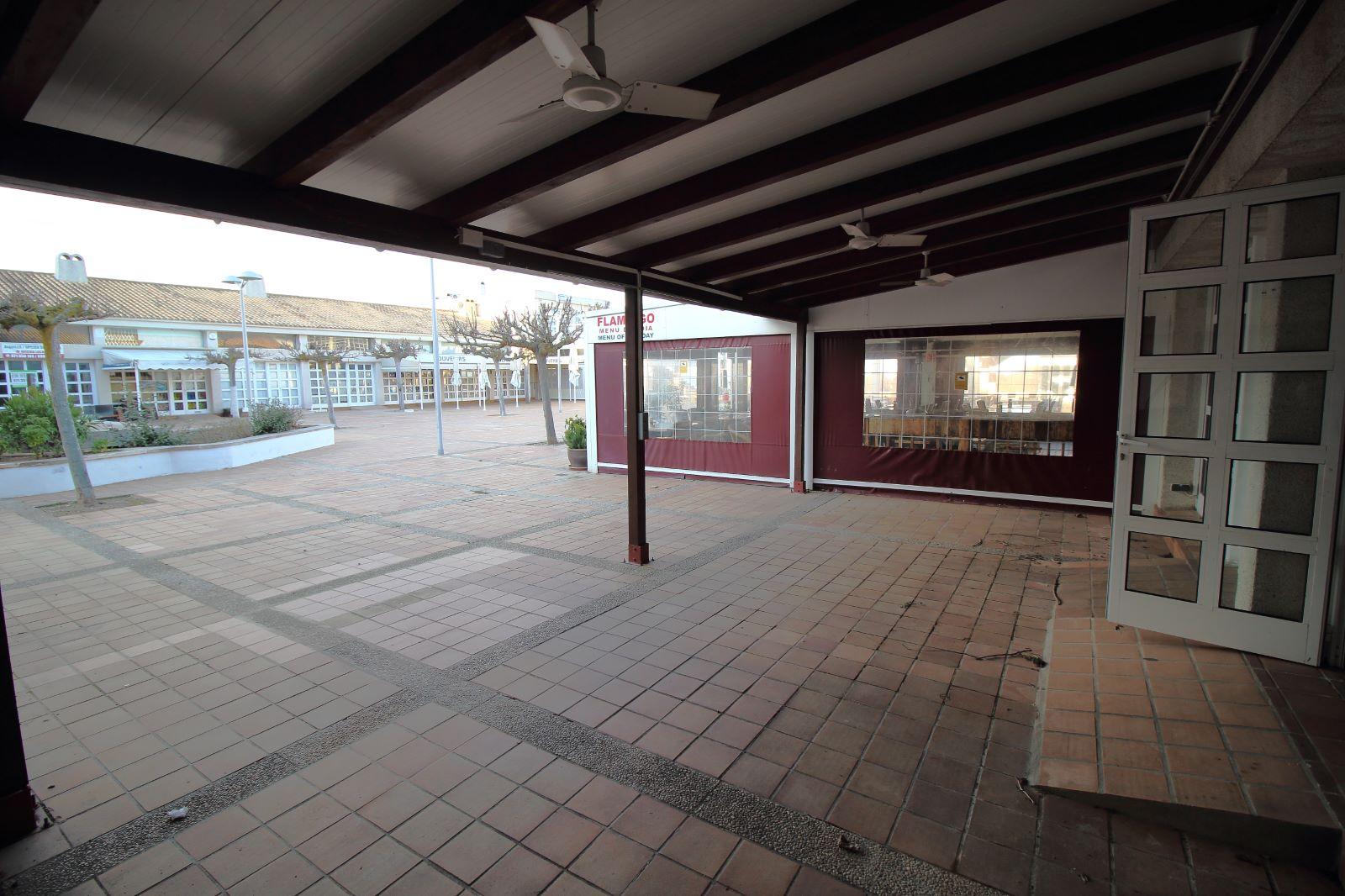 Local comercial en Coves Noves Ref: V2430 7