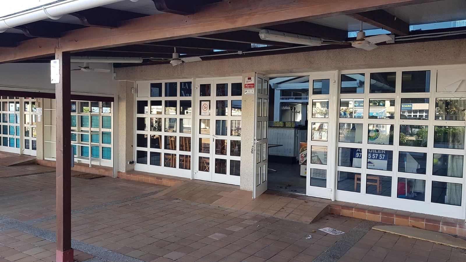 Local comercial en Coves Noves Ref: V2430 3
