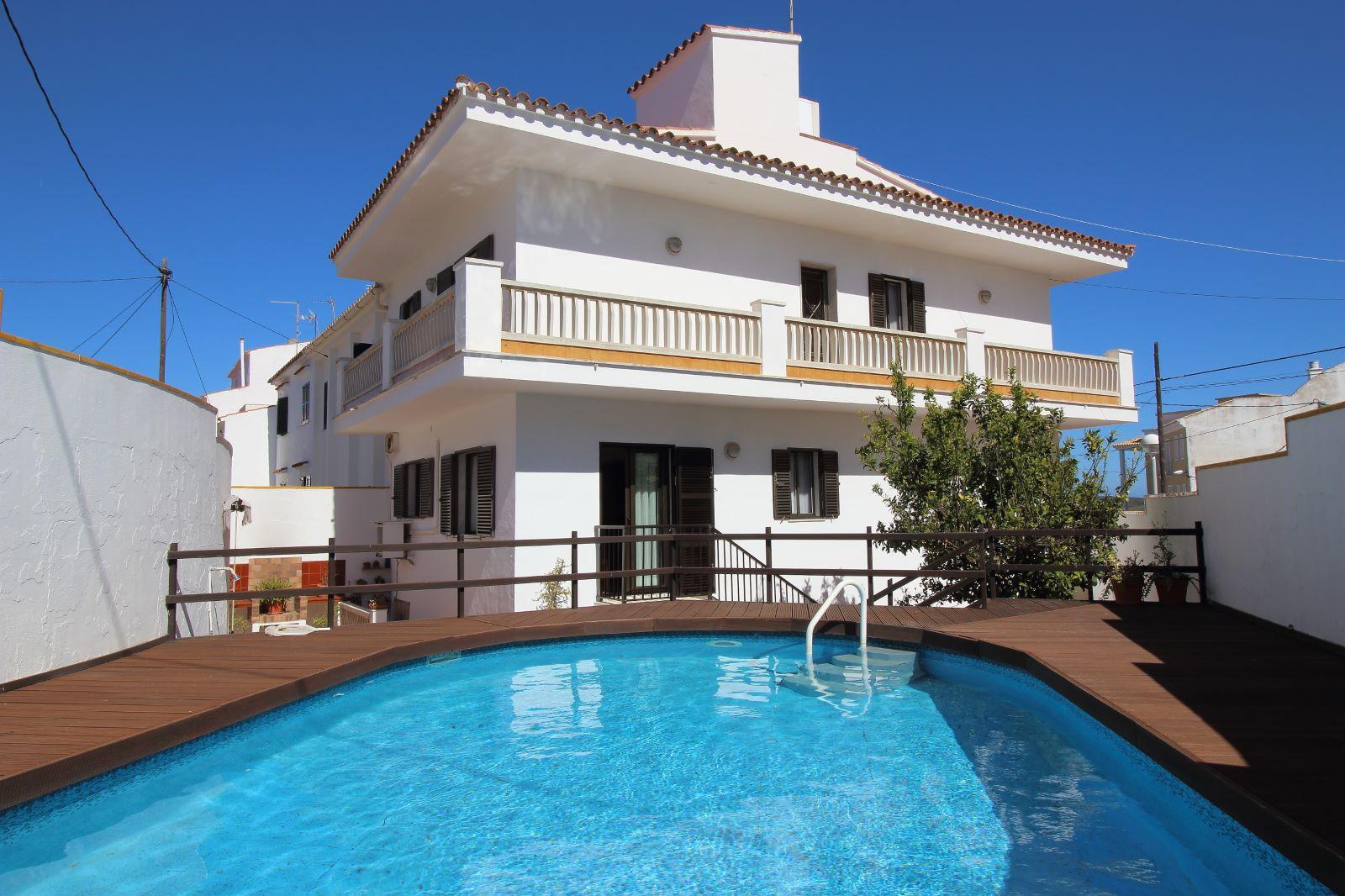 Einfamilienhaus in Mahón Ref: V2438 1