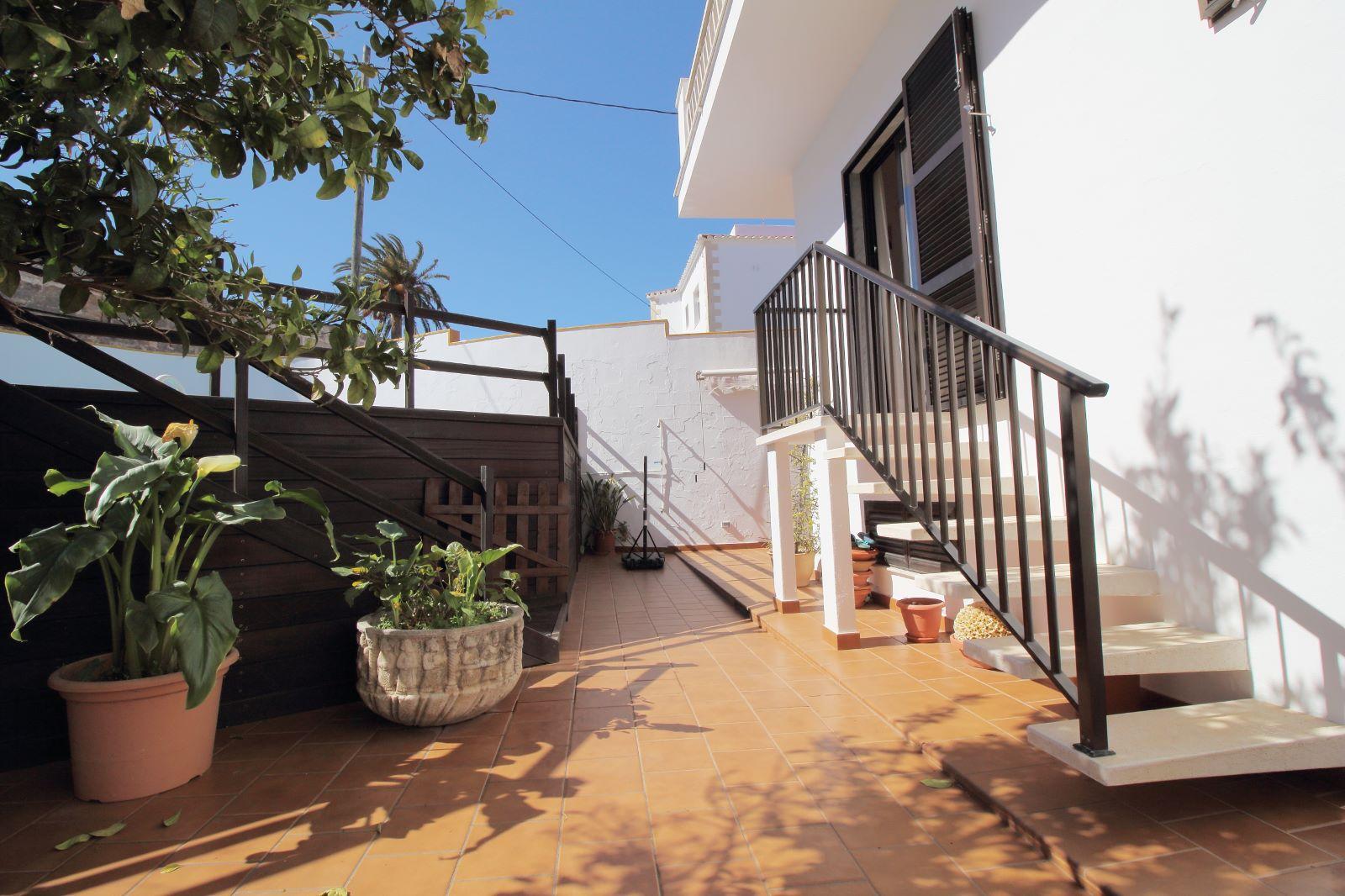 Einfamilienhaus in Mahón Ref: V2438 2