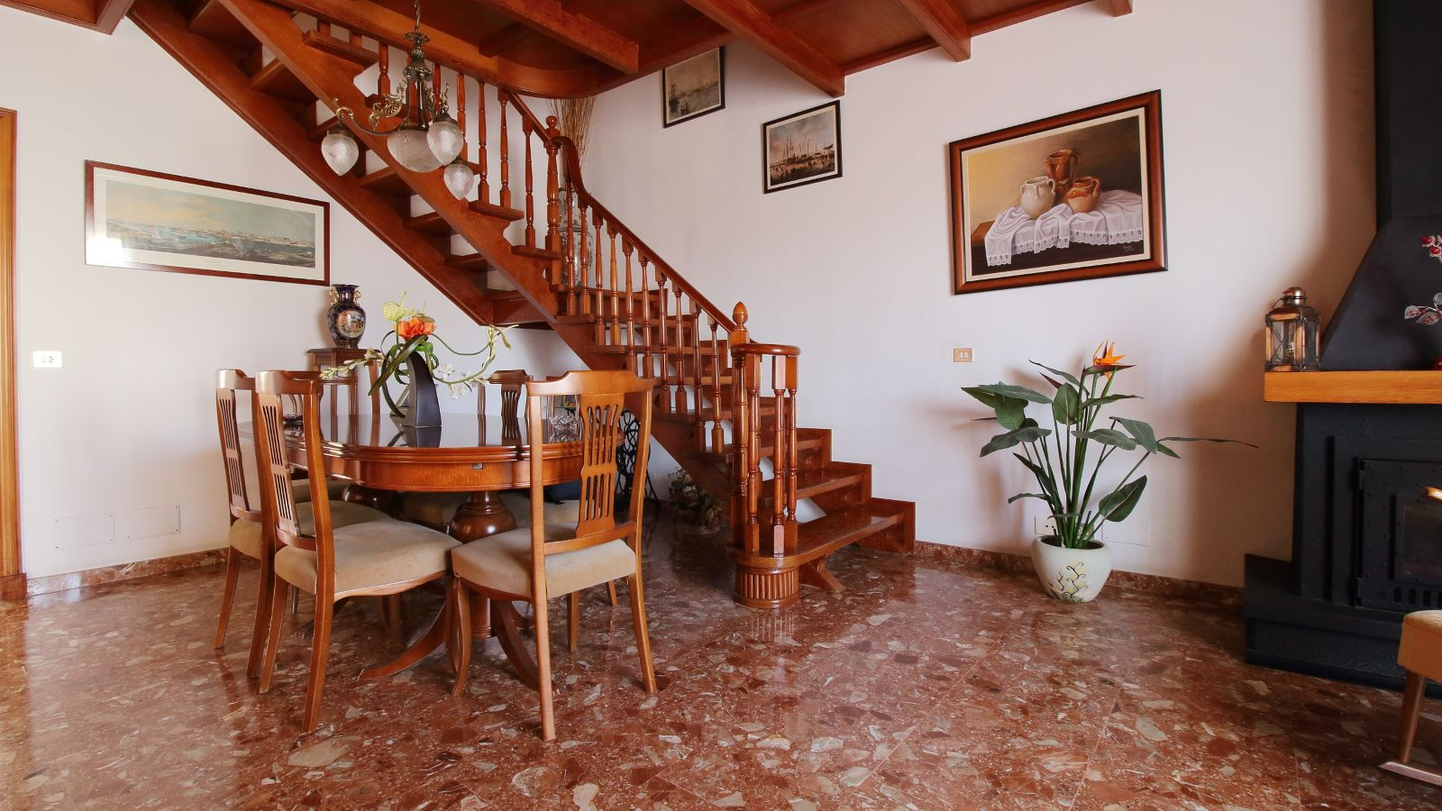 Einfamilienhaus in Mahón Ref: V2438 3