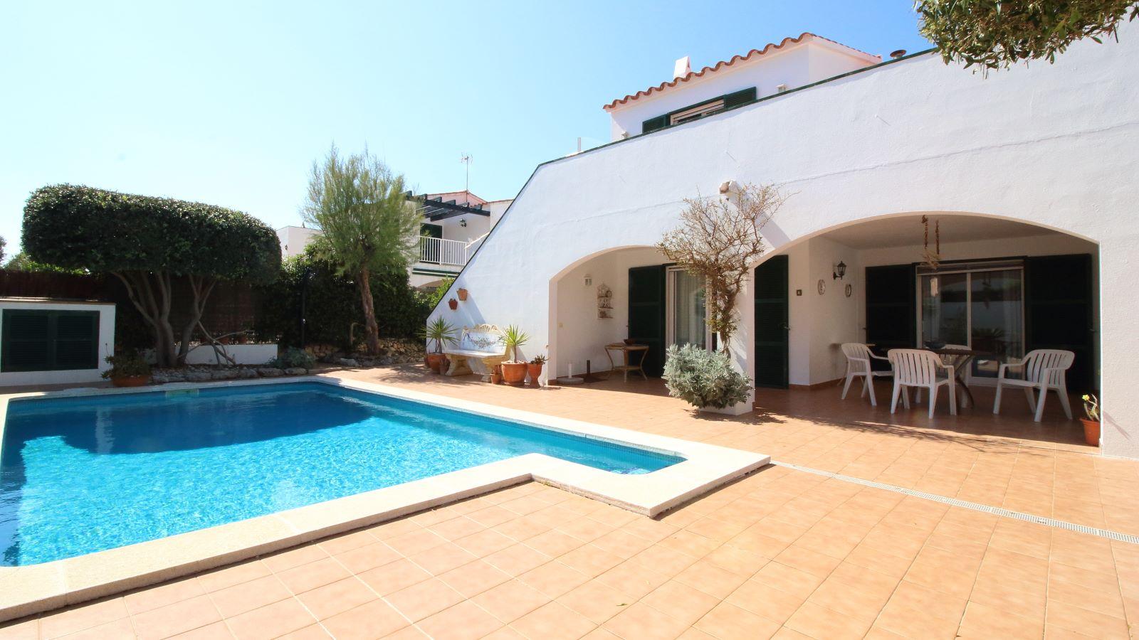 Villa in Addaia Ref: V2449 22