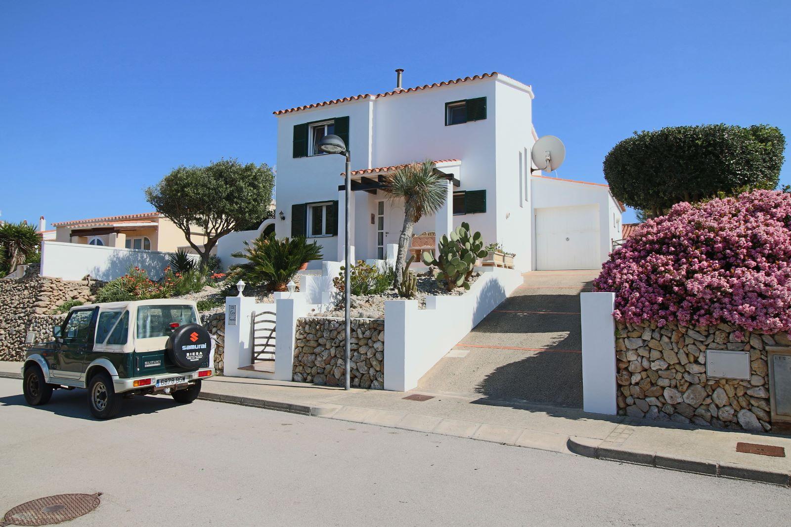 Villa in Addaia Ref: V2449 24