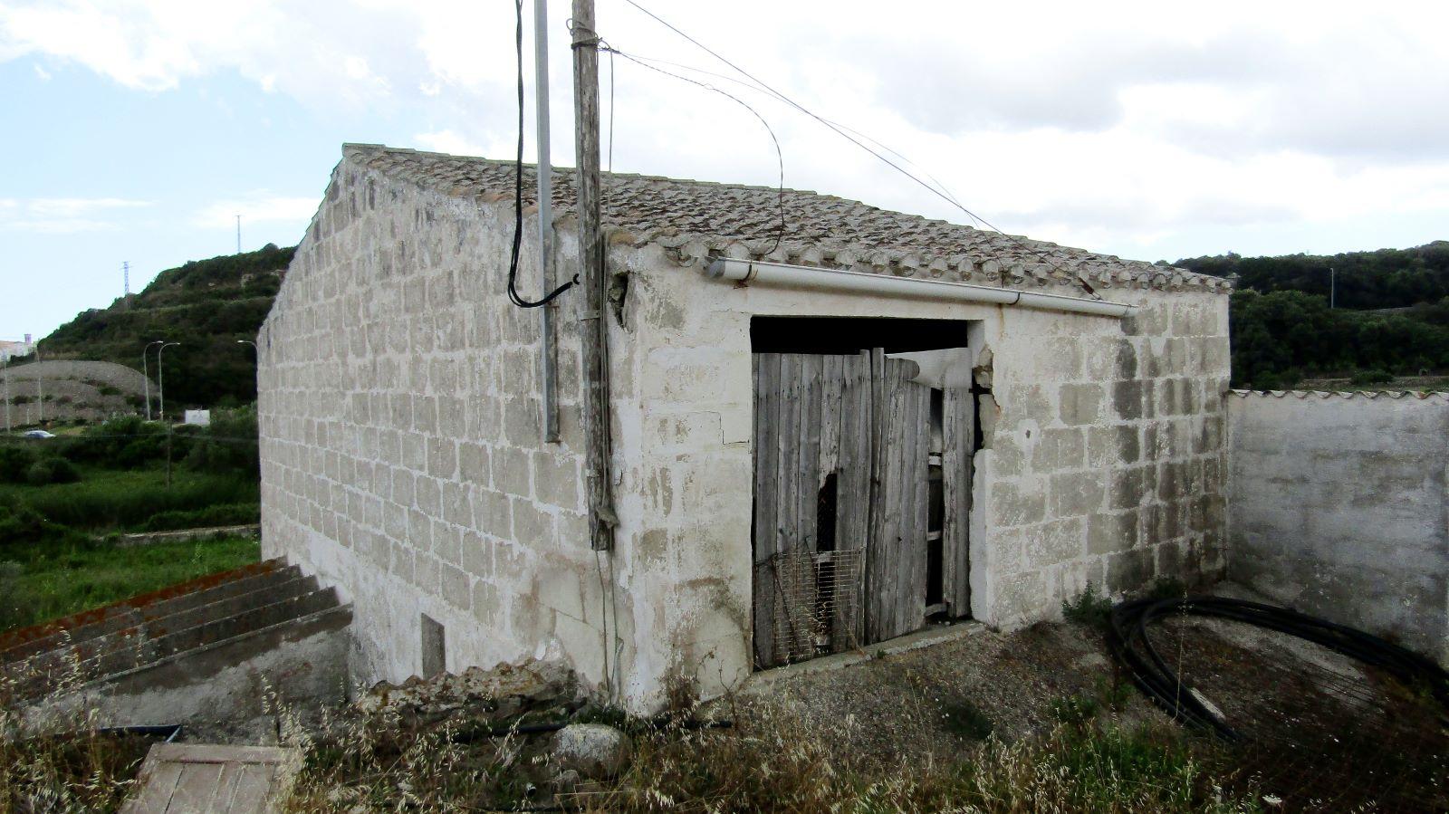Agricultural property in Mahón Ref: V2487 3