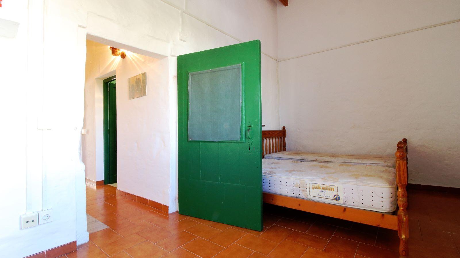 House in Es Migjorn Gran Ref: V2514 18