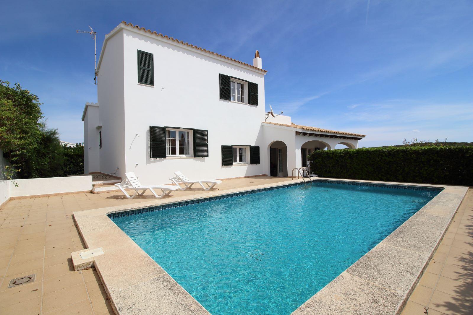 Villa in Cala Llonga Ref: V2523 2