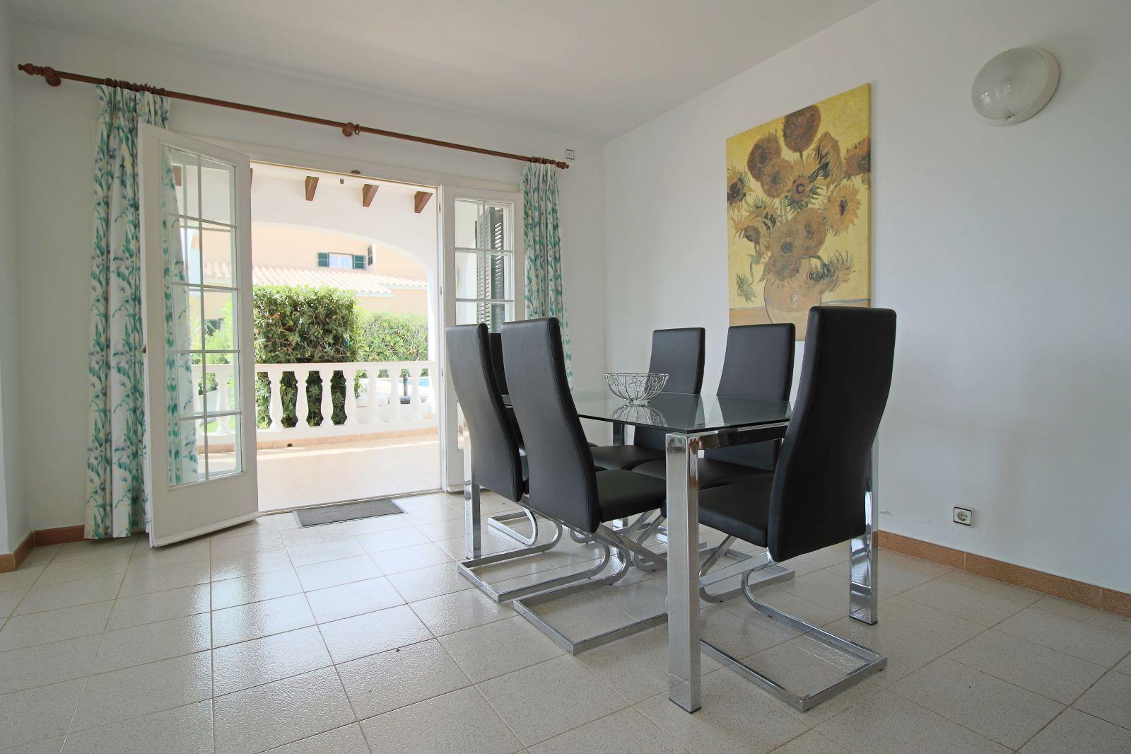 Villa in Cala Llonga Ref: V2523 10