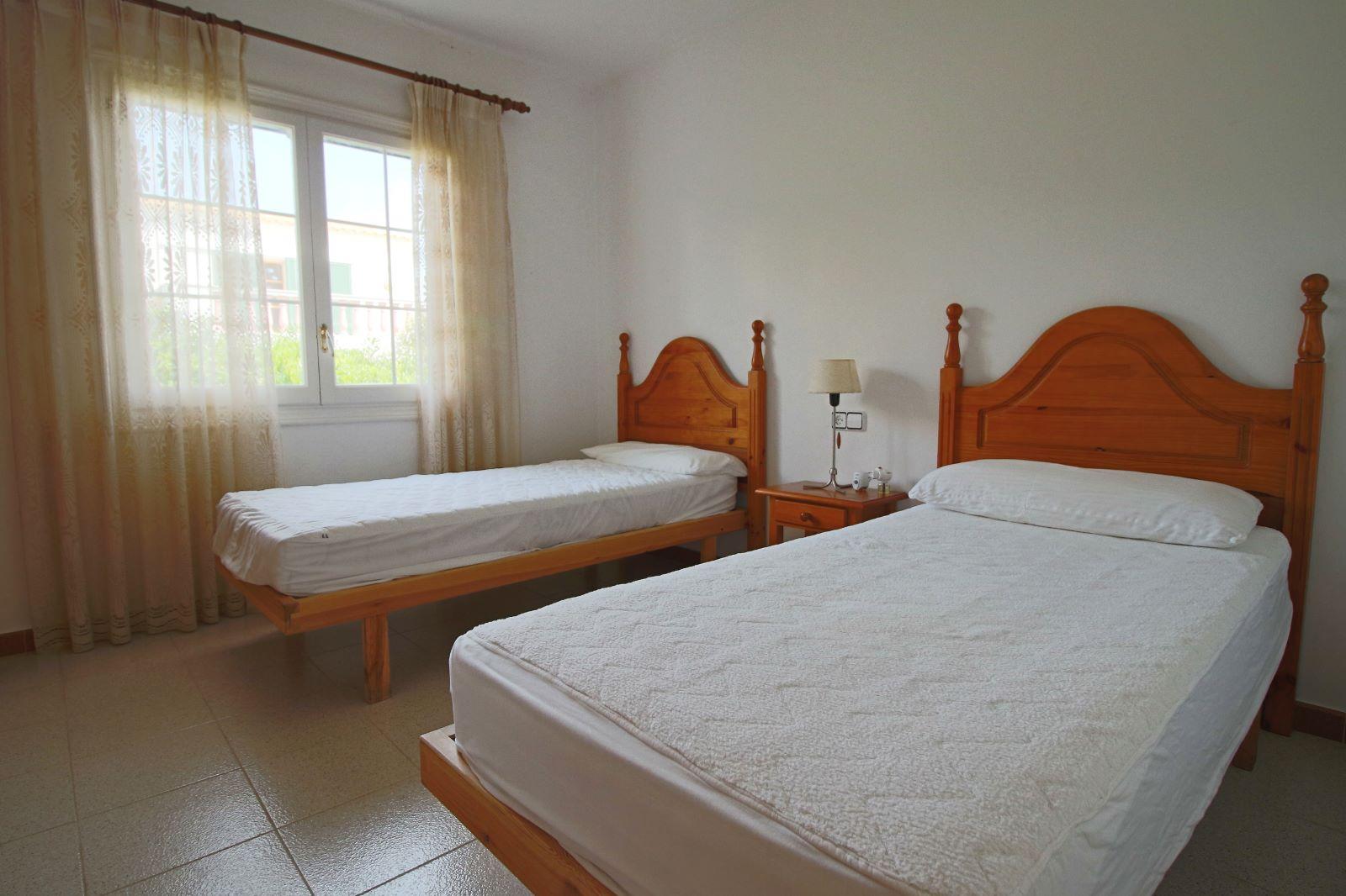Villa in Cala Llonga Ref: V2523 14