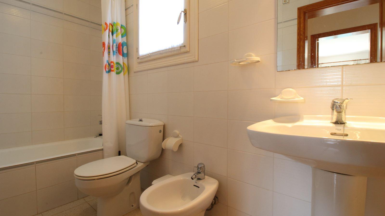Villa in Cala Llonga Ref: V2523 15