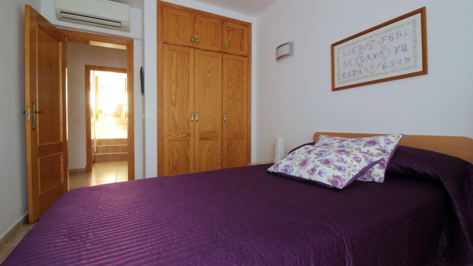 Villa in Cala Llonga Ref: V2580 16