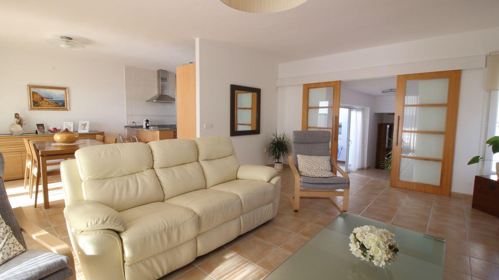 Villa in Cala Llonga Ref: V2580 11