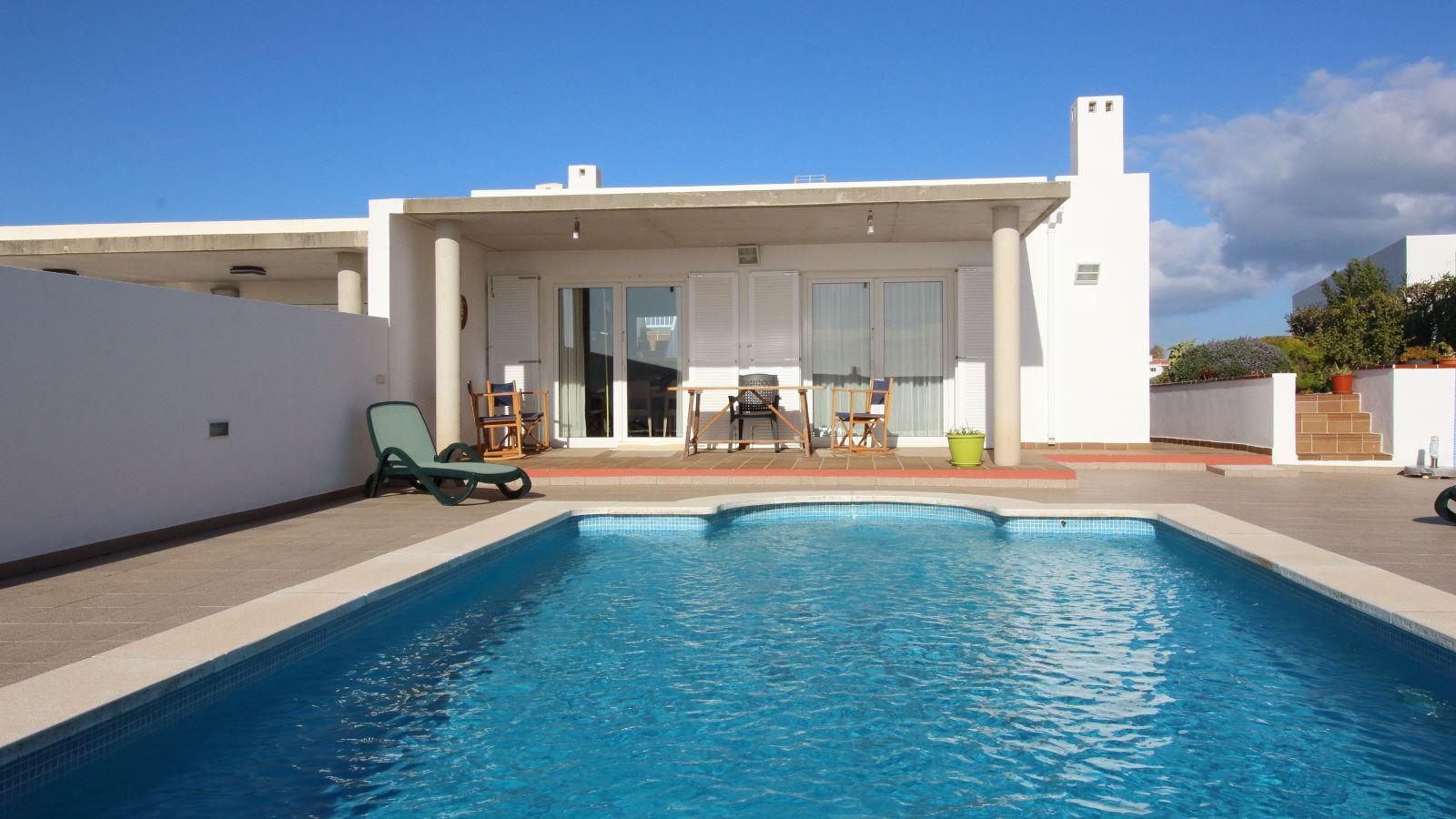 Villa in Cala Llonga Ref: V2580 2