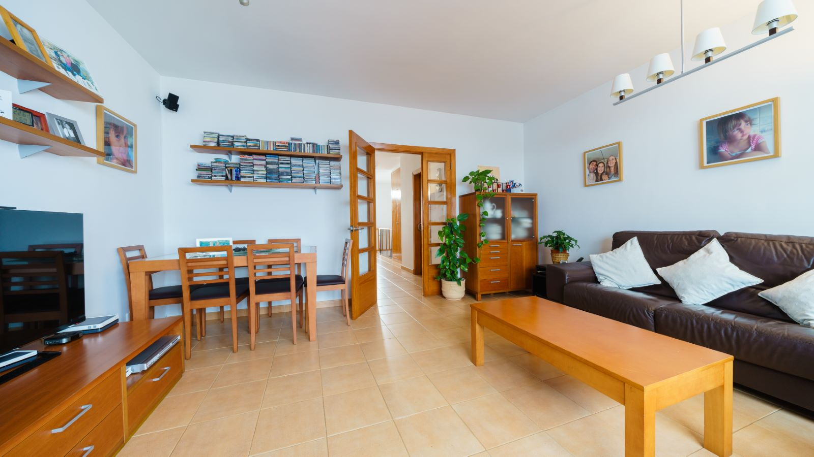 House in Es Castell Ref: V2583 2