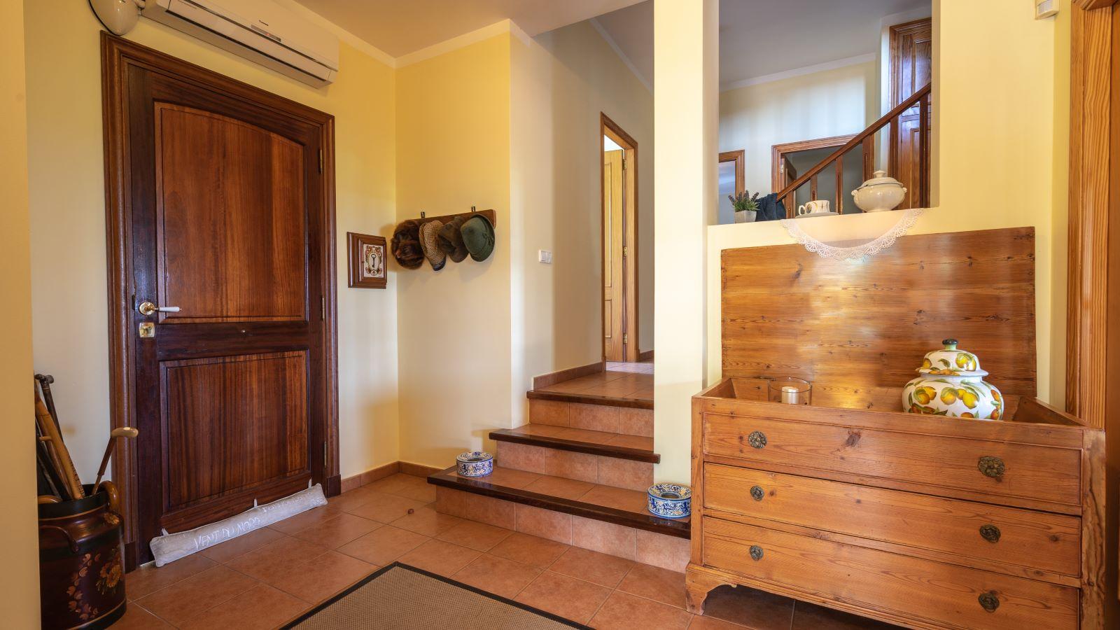 Villa in Binixica Ref: V2643 22