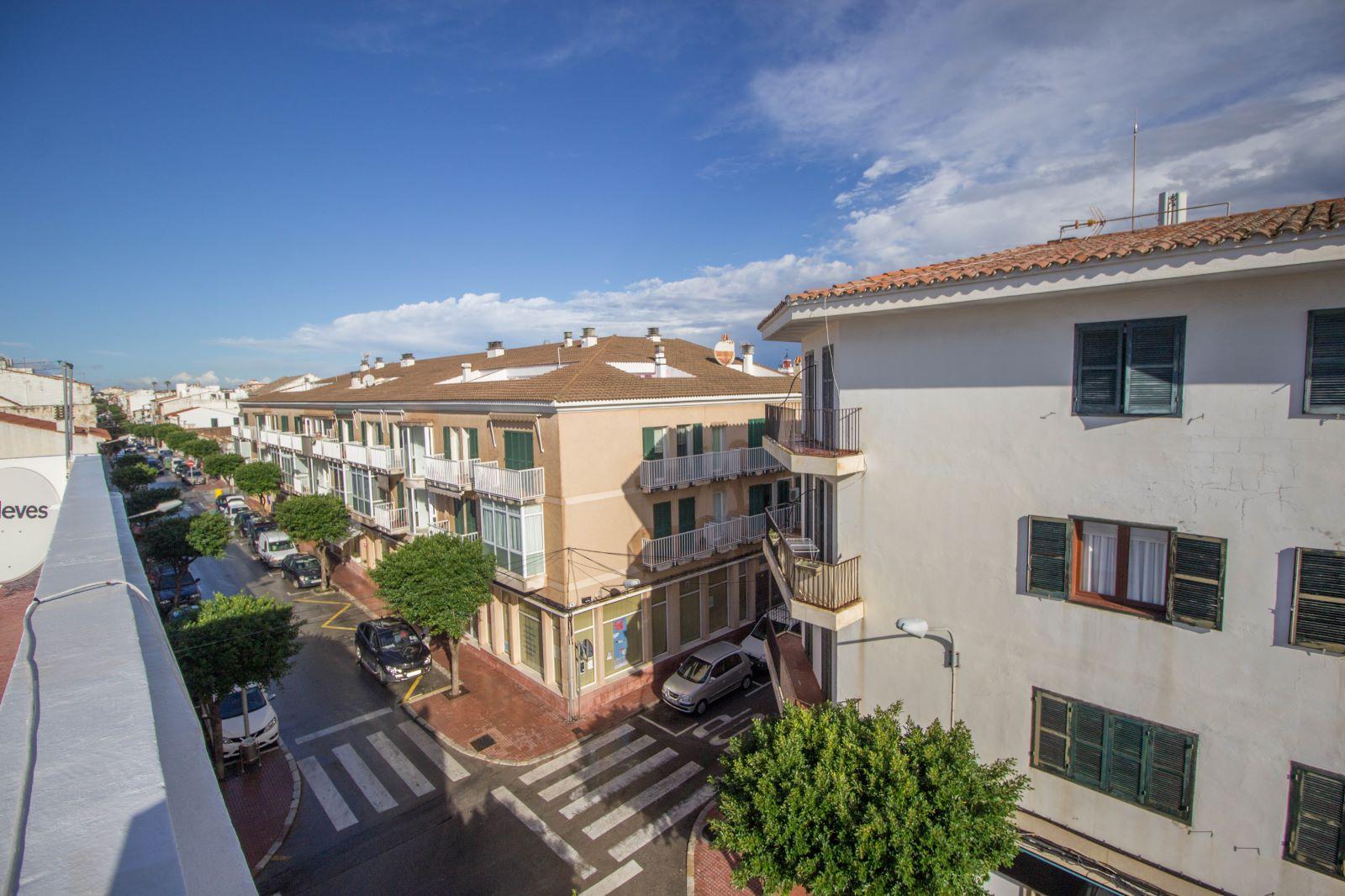 Wohnung in Es Castell Ref: S2678 12