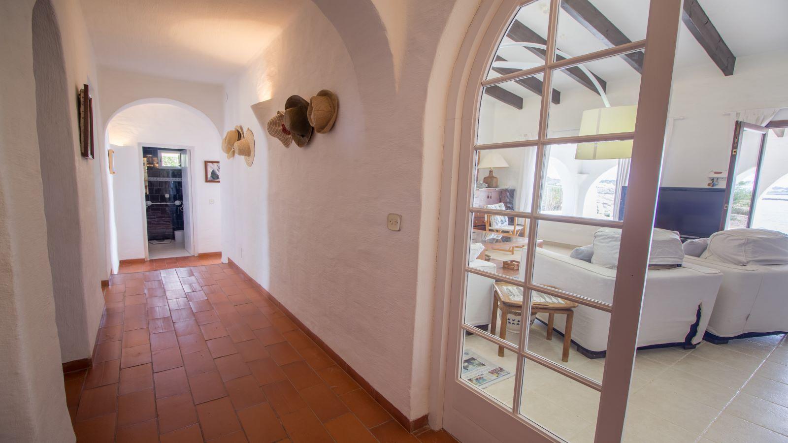 Villa in Cap d'en Font Ref: S2705 23