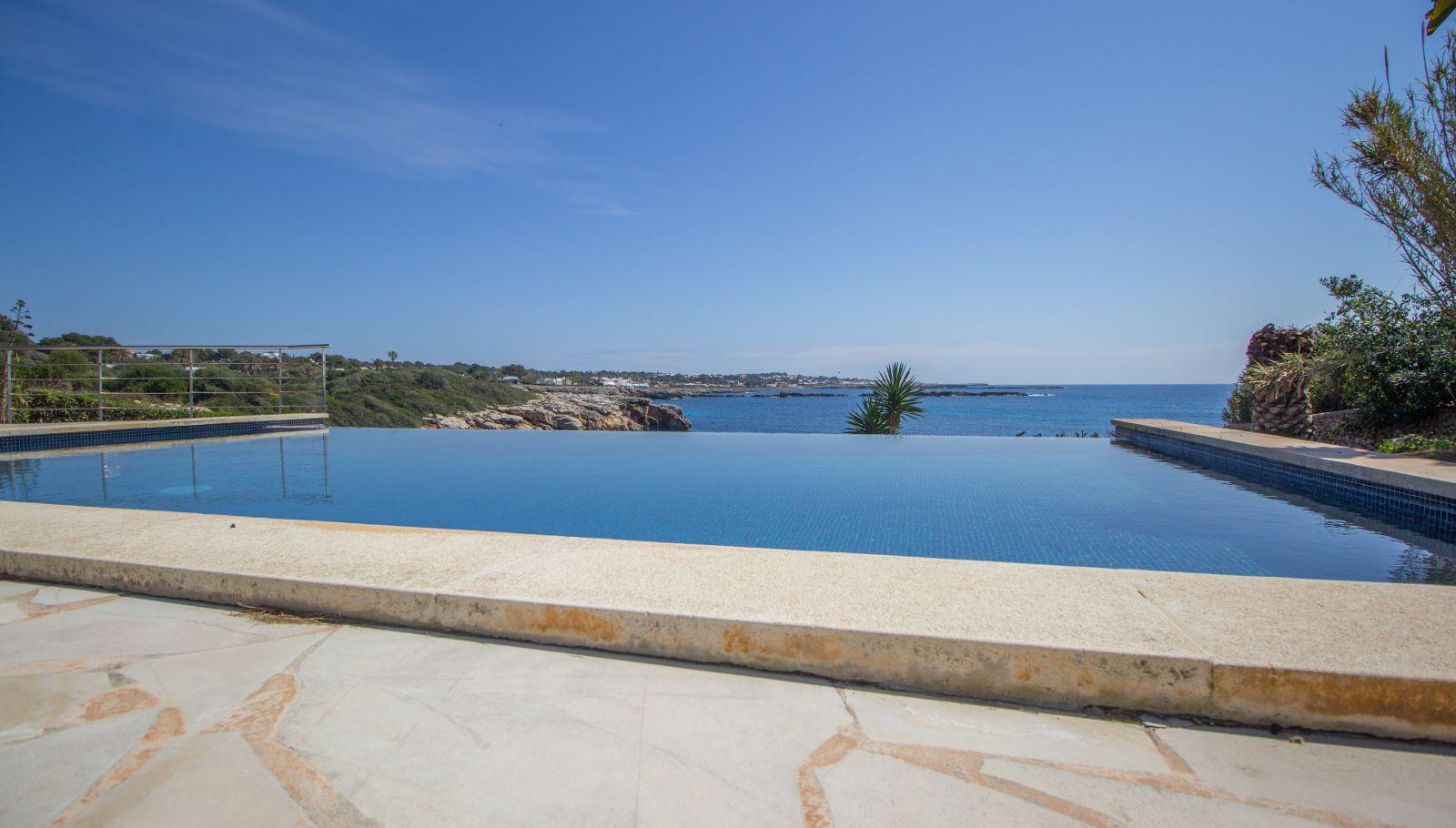 Villa in Cap d'en Font Ref: S2705 36